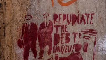 """Graffito in Griechenland: """"Weist die Schulden zurück! IWF-EU"""""""
