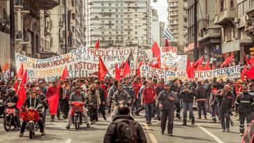"""""""Damit Änderungen Bestand haben"""" war das Motto der 50.000 Demonstrantinnen und Demonstranten"""