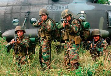 Kolumbianische Militärs bekämpfen mit US-Unterstützug den Drogenhandel