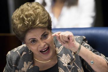 Dilma Rousseff rief die Senatoren bei ihrem Abschlussplädoyer im Morgengrauen auf, mit vollem Bewusstsein für die Tragweite einer Amtsenthebung abzustimmen
