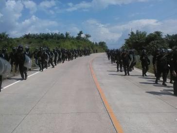 1.800 Polizisten waren an der Räumung des Dorfes El Esfuerzo Túnico in Guatemala beteiligt