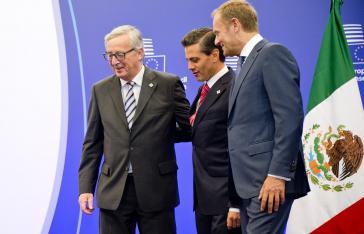 EU-Kommisionspräsident Jean-Claude Juncker, Mexikos Präsident Enrique Peña Nieto und EU-Ratspräsident Donald Tusk beim EU-Mexiko-Gipfel 2015