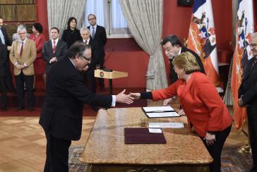 Jaime Campos Quiroga wird als neuer Justizminister vereidigt