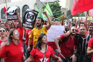 Demonstration auf der Avenida Paulista