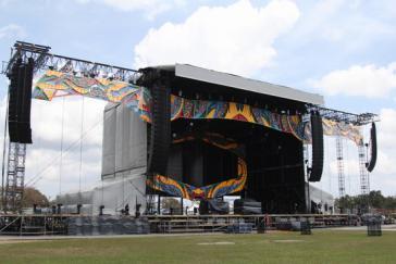 Seit Anfang März wird die Bühne in der Ciudad Deportiva aufgebaut
