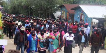 EZLN-Mitglieder beim Nationalen Indigenen Kongress in San Cristóbal de Las Casas, Chiapas