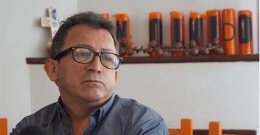 Santiago Uribe steht vor Gericht