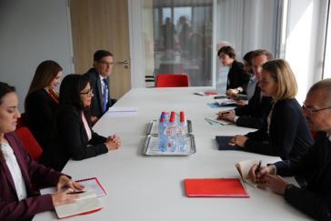 Venezuelas Außenministerin Rodríguez und die EU-Außenbeautragte Mogherini