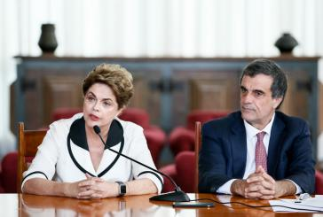 Dilma Rousseff und ihr Anwalt José Eduardo Cardozo