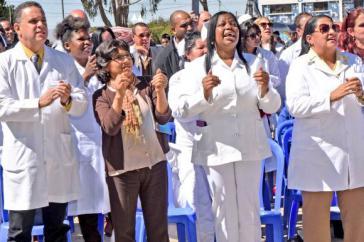 Kubanische Ärzte in Bolivien