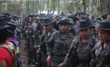 Im Prozess der Demobilisierung: Farc-Guerilleras in Kolumbien
