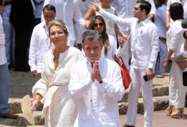 Santos auf dem Weg zur Unterzeichnung des Friedensabkommens in Cartagena de Indias