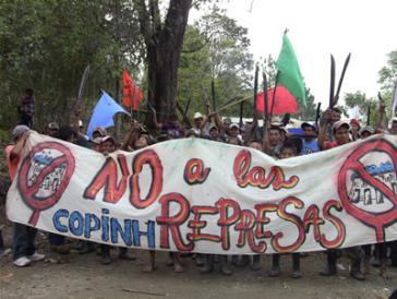 Protestaktion gegen das Wasserkraftwerkprojekt Agua Zarca in Honduras