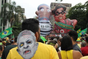 Demonstration auf der Avenida Paulista in São Paulo