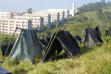 Bau von Sozialwohnungen und Besetzung der MTST im Osten von São Paulo