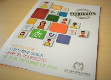 Deckblatt einer Informationsbroschüre der Wahlbehörde zum Plebiszit