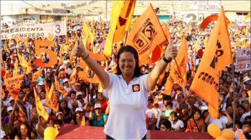Keiko Fujimori bei einer Wahlkampfveranstaltung in Chimbote, Perú