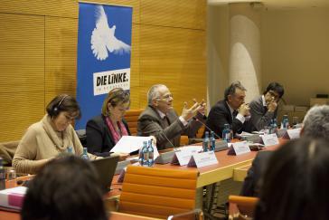 Maria Lorena Gutierrez Botero, Heike Hänsel, Tom Koenigs, Enrique Santiago, Danilo Rueda (v.l.n.r.)