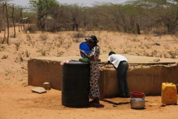 In der Region herrscht akuter Wassermangel. Verteter der Ombudsstelle stellten fest, dass es  z. B. in der Gemeinde Uribia nur in einem von 350 Speichern Wasser gibt