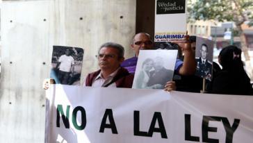 """Das """"Komitee für die Opfer der Guarimbas und des fortgesetzten Staatsstreichs"""" protestiert gegen die geplante Amnestie"""