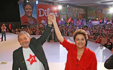 Dilma Rousseff und Lula da Silva beim PT-Parteitag am 21. Juni 2014 in Brasília