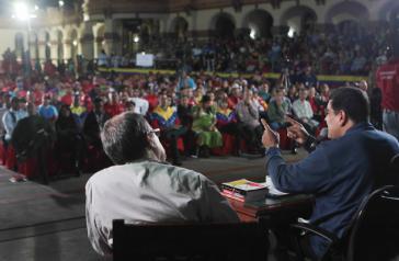 Präsident Maduro bei der Großveranstaltung im 23 de Enero