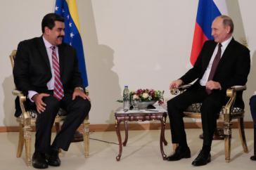 Stabilisierung des Erdölpreises war auch Thema zwischen dem Präsidenten von Venezuela, Nicolás Maduro, und seinem russischen Amtskollegen Wladimir Putin am Rande des 23. Weltenergiekongresses in Istanbul