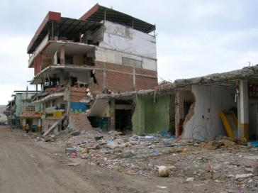 In diesem Einkaufszentrum in Manta starben bei dem Erdbeben am 16. April mehr als 90 Menschen