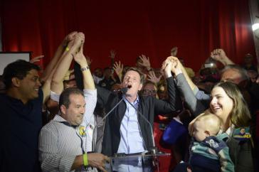 Der evangelikale Bischof und Ex-Senator Marcelo Crivella nach seinem Wahlsieg in Brasiliens Metropole Rio de Janeiro
