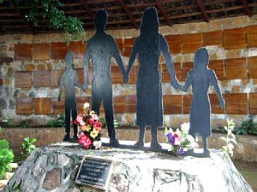 Gedenkstätte für die Opfer des Massakers von Mozote