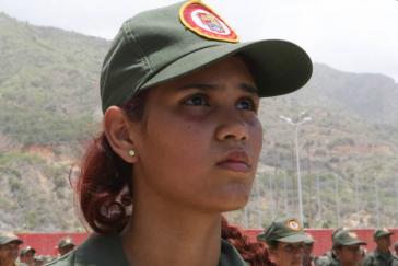 """Angehörige der Milizen beim Manöver """"Unabhängigkeit 2016"""" in Venezuela"""