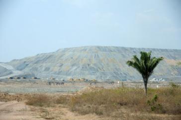 Blick auf den Tagebau La Loma (Der Hügel) in El Cesar
