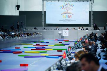 Im Zentrum der Diskussionen standen die Demokratisierung der Vereinten Nationen und die Schaffung einer neuen Weltwirtschaftsordnung