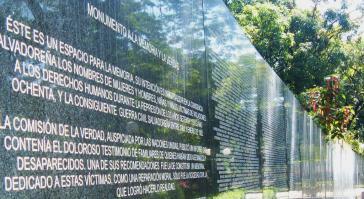 """Gedenken an den Bürgerkrieg: """"Mahnmal für Erinnerung und Wahrheit"""" im Parque Cuscatlán in San Salvador"""