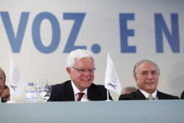 Soll die Privatisierungen in Brasilien organisieren: Moreira Franco (links), hier mit Interimspräsident Temer