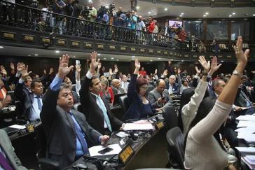 Mit der Mehrheit der MUD-Abgeordneten wurde das Amnestiegesetz verabschiedet