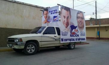"""Im Wahlkampf warben Morales und sein Team mit dem Slogan """"Weder korrupt, noch Diebe"""""""