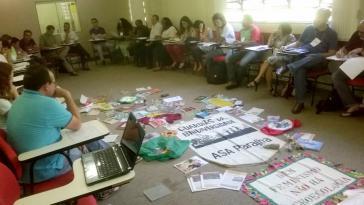Vertreter verschiedener sozialer und umweltpolitischer Gruppen kamen zusammen, um den Forderungskatalog zu formulieren