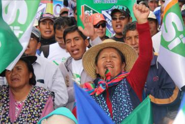 Befürworter der Wiederwahl bei einer Veranstaltung in Oruro