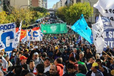 Seit Macris Amtsantritt vergeht keine Woche ohne massive Proteste von Gewerkschaften gegen die neoliberale Politik der Regierung