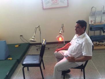 Ramón Suárez im Physiotherapiezentren (SRI) in Carora, in dem er behandelt wird (6. Juni 2016)