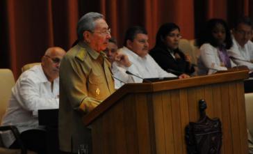 Präsident Castro bei seiner Ansprache im Parlament