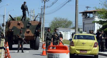 Soldaten bei einer Einsatzübung für die Olympischen Spiele in Rio de Janeiro
