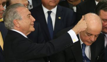 De-facto-Prädident Michel Temer (links im Bild) setzte am vergangenen Freitag José Serra (rechts) als neuen Außenminister ein