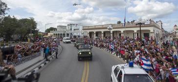 Zehntausende säumten die Straßen nach Santiago de Cuba