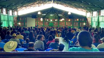 In der Aula des Indigenen Zentrums zur integralen Ausbildung