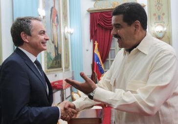 Spaniens Ex-Premier Zapatero und Präsident Maduro nach den Beratungen über die Lage in Venezuela