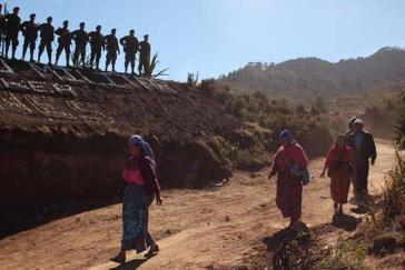 Soldaten sind in der Gemeinde Ixchguán angekommen