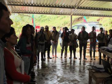 In Cerro Tijeras versammeln sich Mitglieder der indigenen selbstverwalteten Autonomieregion um Schutz zu suchen und für ihre Rechte zu protestieren
