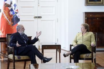 Generalstaatsanwalt von Chile, Jorge Abbott, hier mit Präsidentin Michele Bachel